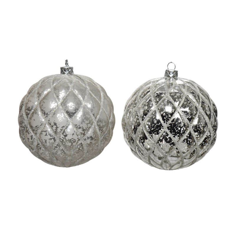 Grey-and silver shatterproof 8cm baubles with quilted pattern