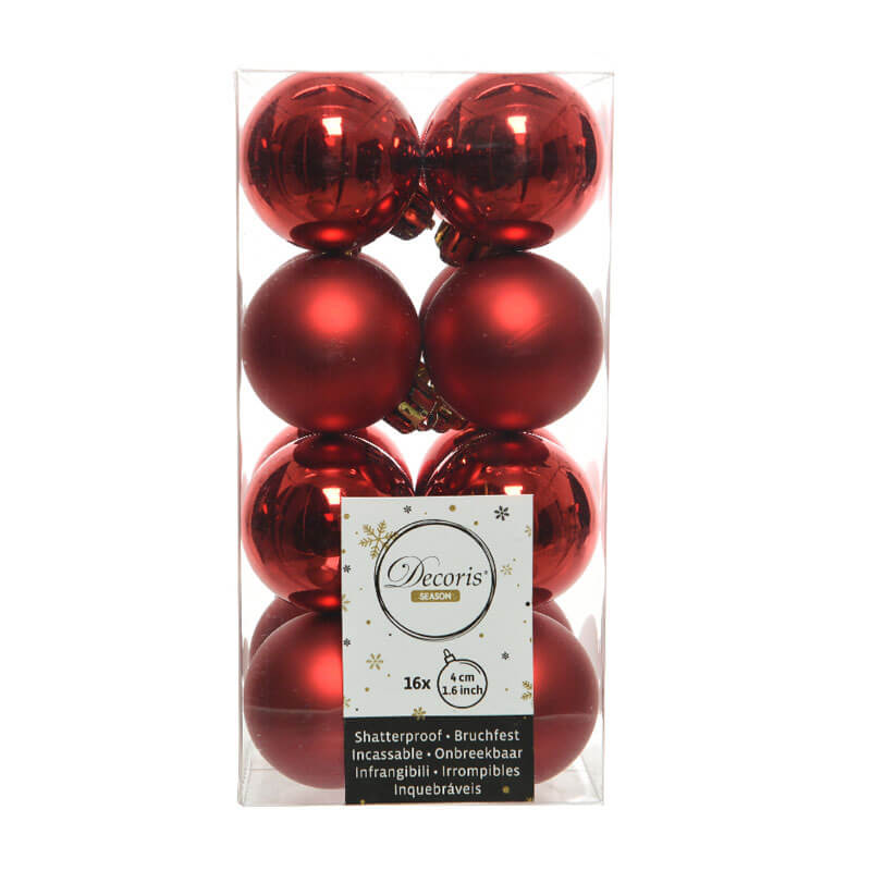 Red-Shatterproof-Baubles-purely-christmas-021777