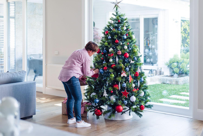 Purely-Christmas-Judy-Christmas-Tree-529