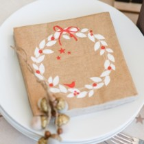 christmas-napkin-lunch-xmas-wreath-linen-X19PPDL2567-Purely-Christmas-364_web