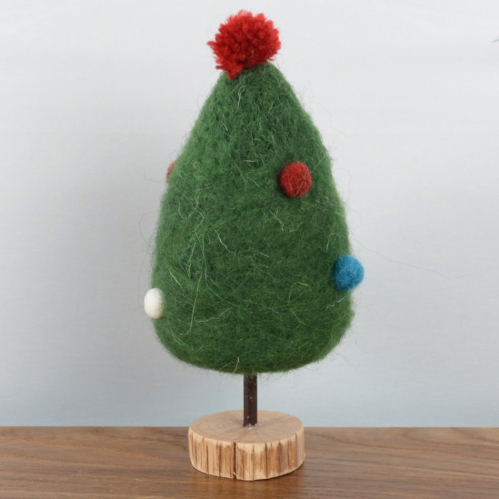 felt-green-tree-with-dots-purely-christmas-91564