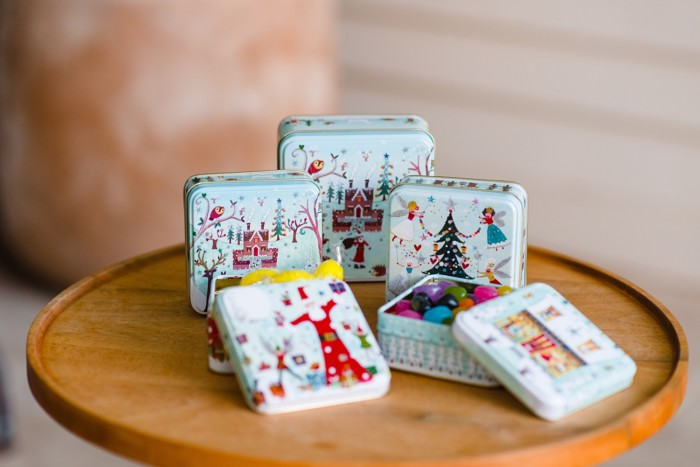 lifestyle-tins-1-lucy-loveheart-winter-wonderland-Purely-Christmas-180_web