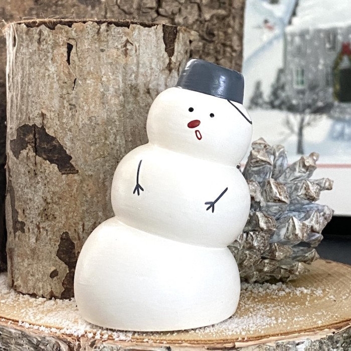 large wooden snowman from T-Lab