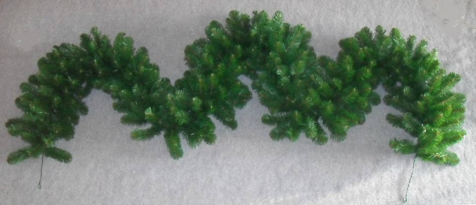 alberta pine garland 2.7m long